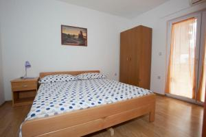 Apartment Tucepi 13056a, Apartmány  Tučepi - big - 12