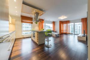 Best Apartments - Tina, Apartmány  Tallinn - big - 7