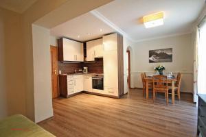 Almliesl SAAB-023, Appartamenti  Saalbach Hinterglemm - big - 9