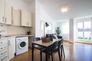 Flatsforyou Port Design, Apartmány  Valencie - big - 5
