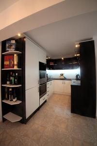 Sintria Court Premium, Art-Maisonettes & Panoramic Roof, Apartmány  Balchik - big - 52