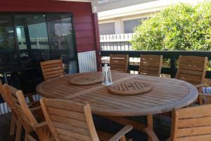 Pebbles Beach Retreat, Дома для отпуска  Коув - big - 9