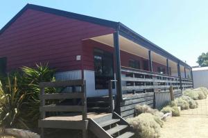 Pebbles Beach Retreat, Дома для отпуска  Коув - big - 8