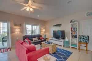 Coconut Grove 202 2nd Row Condo, Apartmány  Myrtle Beach - big - 13