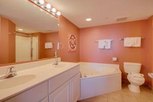 Malibu Pointe 1001 2nd row Condo, Apartments  Myrtle Beach - big - 20