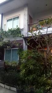 Baan Jaru, Гостевые дома  Чианграй - big - 155