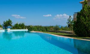 Seafront Pool Villa, Panoramic View, Case vacanze  Afitos - big - 26