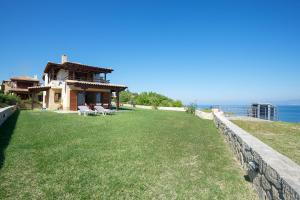 Seafront Pool Villa, Panoramic View, Case vacanze  Afitos - big - 28