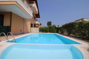 Blue Brema Apartment - AbcAlberghi.com