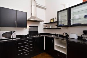Apartments next to Old Town Square by RENTeGO, Appartamenti  Praga - big - 6