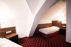 Hotel-Gasthof Obermeier, Hotels  Allershausen - big - 7
