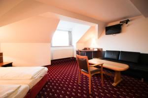 Hotel-Gasthof Obermeier, Hotels  Allershausen - big - 3