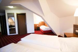 Hotel-Gasthof Obermeier, Hotels  Allershausen - big - 17