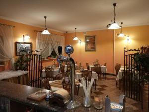 Hotel Pod Trzema Różami, Hotely  Sanok - big - 31