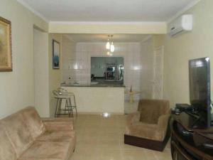 CASA em (PERQUE) PORTO BELO-SC, Holiday homes  Porto Belo - big - 11