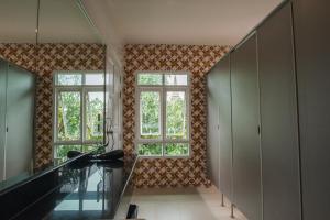 Feung Nakorn Balcony Rooms and Cafe, Hotels  Bangkok - big - 57