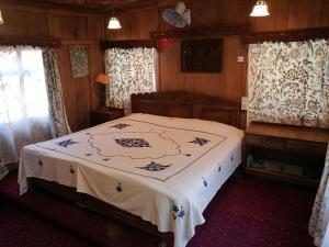 Laila Majnoo Group of Houseboats, Отели  Сринагар - big - 3