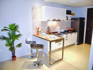 Emerald: Studio in Patong, Apartmány  Patong - big - 8