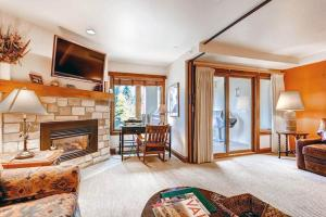 Elegant Vail 1 Bedroom yes - Lion Sq NORTH 290, Holiday homes  Vail - big - 1