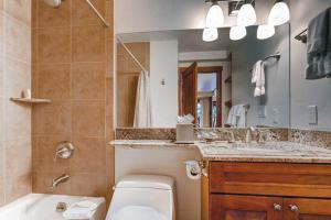 Elegant Vail 1 Bedroom yes - Lion Sq NORTH 290, Holiday homes  Vail - big - 8