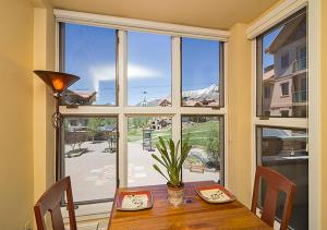 Lovely Mountain Village 1 Bedroom Hotel Room - BLM32A, Отели  Telluride - big - 8