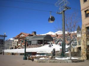 Lovely Mountain Village 1 Bedroom Hotel Room - BLM32A, Hotels  Telluride - big - 2