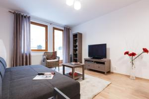 Cozy Apartments with Private Garage, Apartmány  Praha - big - 40