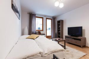 Cozy Apartments with Private Garage, Апартаменты  Прага - big - 5