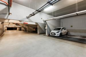 Cozy Apartments with Private Garage, Апартаменты  Прага - big - 9