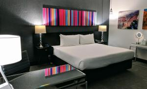 Deluxe King Room
