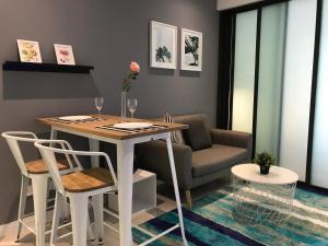 Modern concept Cozy Home @ Set..