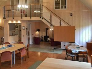 Holiday Home Kristinehamn Ii, Nyaralók  Kristinehamn - big - 7