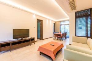 Xinyue Lijing Apartment, Apartments  Sanya - big - 6