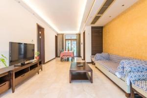 Xinyue Lijing Apartment, Apartments  Sanya - big - 12