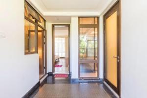 Xinyue Lijing Apartment, Appartamenti  Sanya - big - 14