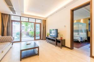 Xinyue Lijing Apartment, Apartments  Sanya - big - 15