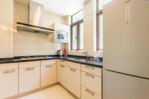Xinyue Lijing Apartment, Appartamenti  Sanya - big - 3