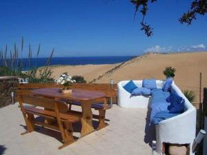Holiday home Via delle Ginestre, Holiday homes  Torre Dei Corsari - big - 1