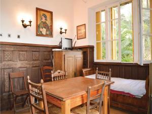 Two-Bedroom Holiday Home in Ajaccio, Dovolenkové domy  Ajaccio - big - 7