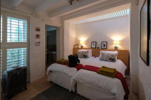 Purple House, Bed & Breakfast  Città del Capo - big - 66