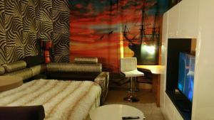 Designer Apartment in Shuvalov Highs