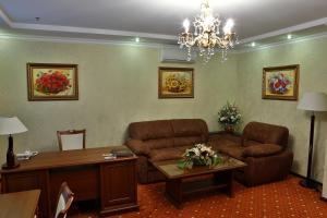 Hotel Ukraine Rivne, Hotel  Rivne - big - 10