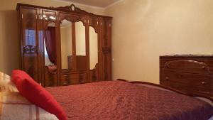Apartment on Akademika Chelomeya 9