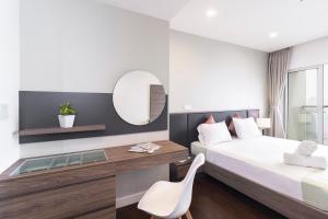 Christina's Hanoi - Lancaster City Living, Apartmány  Hanoj - big - 34