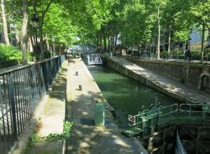 Charming apartment-Canal St Martin-Amazing prices!, Apartmanok  Párizs - big - 1