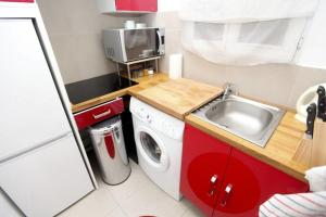 Charming apartment-Canal St Martin-Amazing prices!, Appartamenti  Parigi - big - 4