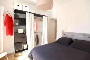 Charming apartment-Canal St Martin-Amazing prices!, Apartmanok  Párizs - big - 15