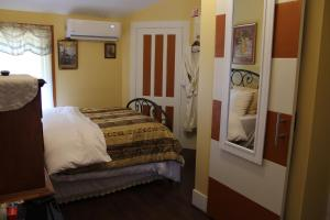 The Gridley Inn B&B, Bed and Breakfasts  Waterloo - big - 39