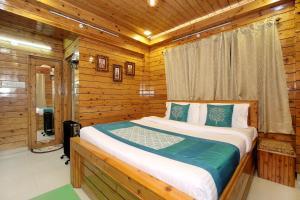 OYO Home 10299 Studio Apartment Vikas Nagar