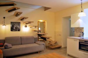 Near fireplace, Apartments  Vilnius - big - 19